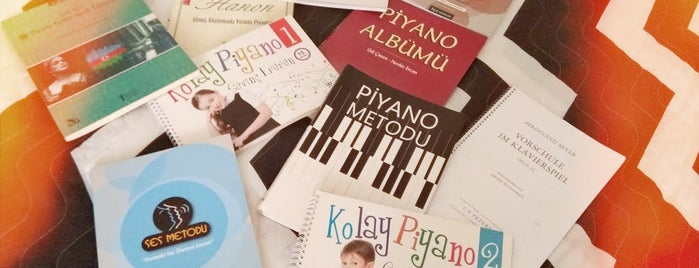 Piano & Vocal House is one of İstanbul.