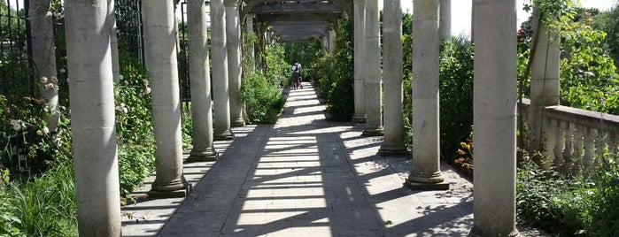 The Hill Garden and Pergola is one of London Sightseeing.