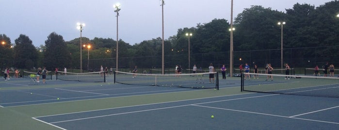 Tennis On The Lake is one of Reside's Favorites: Health & Fitness.