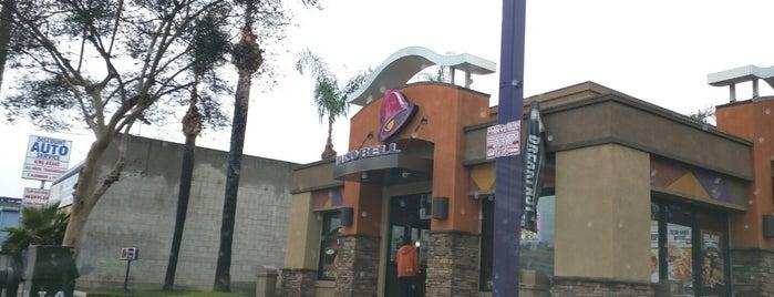 Taco Bell is one of Ross'un Beğendiği Mekanlar.