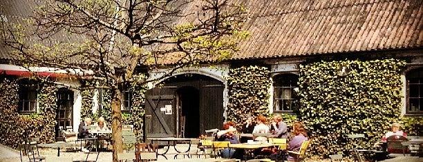Olof Viktors Gårdsbutik is one of Lieux sauvegardés par Kurt.