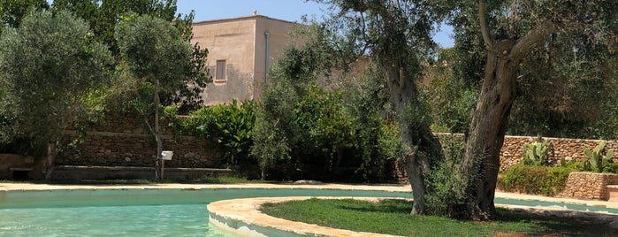 Masseria Caretti Grande is one of Apulia Lifestyle Guide.