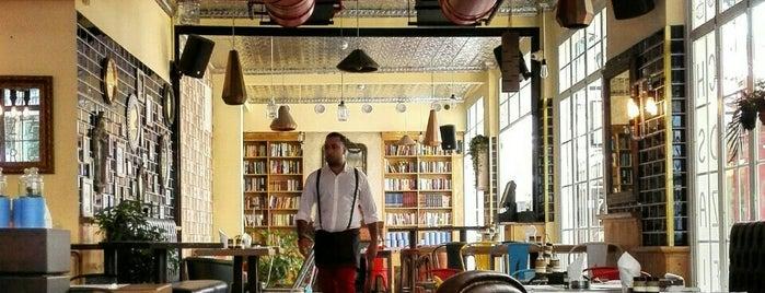 Oliver's kitchen and Coffee shop is one of Posti che sono piaciuti a Jad.
