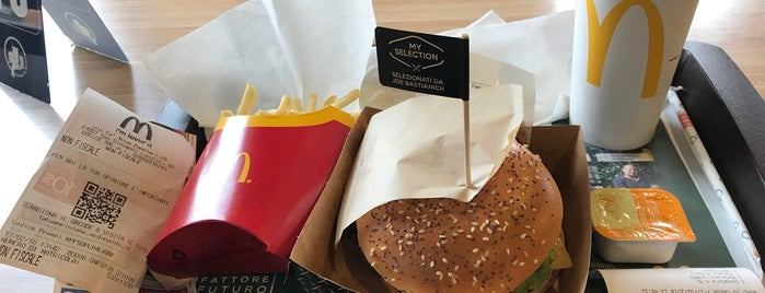 McDonald's is one of Chiccoさんのお気に入りスポット.
