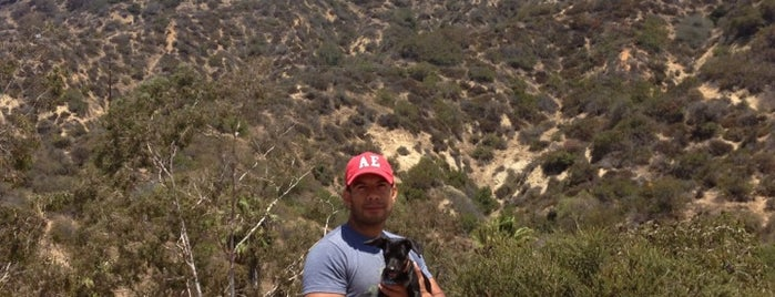 Bronson Canyon Hike is one of Posti che sono piaciuti a Lara.