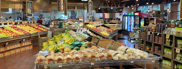 Roth's Fresh Market - Silverton is one of Erik's Liked Places.