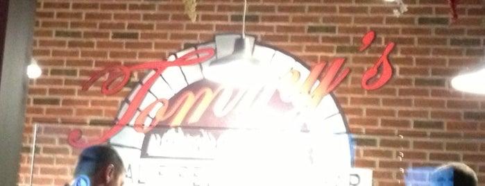 Tommy's Coal Fired Pizza is one of Kaylina'nın Beğendiği Mekanlar.