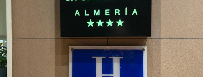 Avenida Hotel is one of Lugares favoritos de Davide.