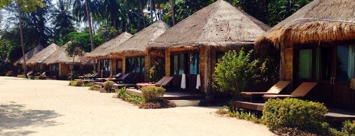 Thapwarin Resort is one of Locais curtidos por Marc.