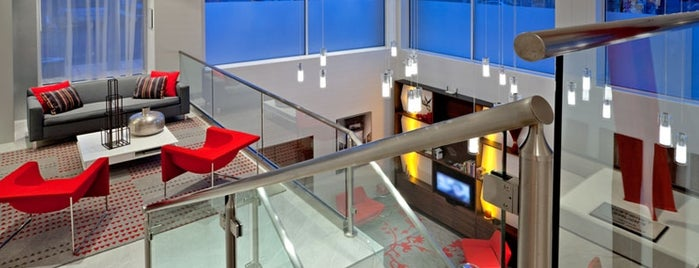 Fairfield Inn & Suites By Marriott New York Brooklyn is one of Lieux qui ont plu à Barry.