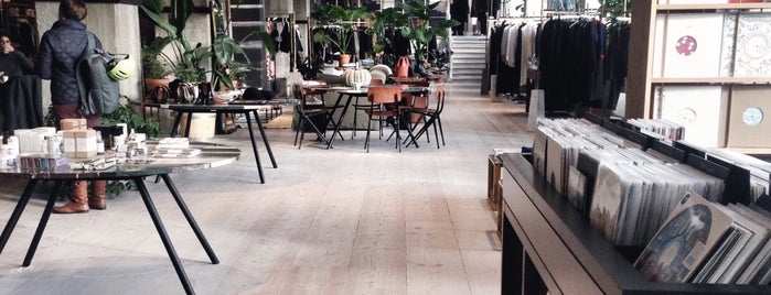 The Store x Soho House Berlin is one of Josie'nin Beğendiği Mekanlar.