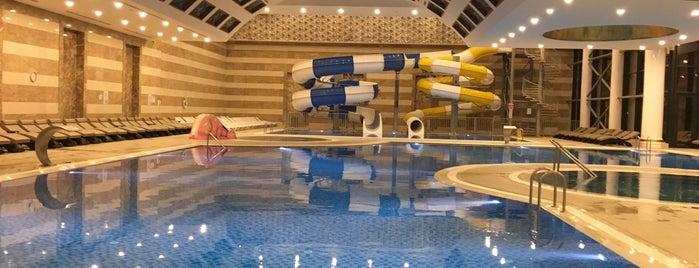 Akrones Hotel Termal Havuzu is one of Szny'ın Kaydettiği Mekanlar.