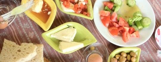 Çamlıpınar Kahvaltı is one of izmir.