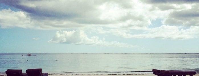 Trou Au Biches Beach is one of สถานที่ที่ Eser Ozan ถูกใจ.