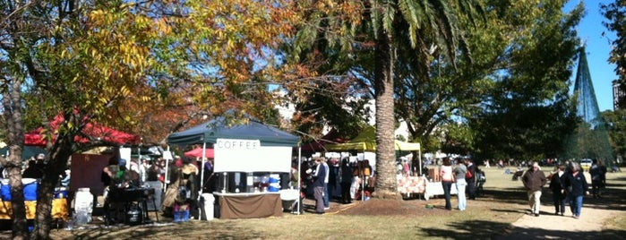 Charleston Farmer's Market is one of Lugares guardados de JeffyJones.