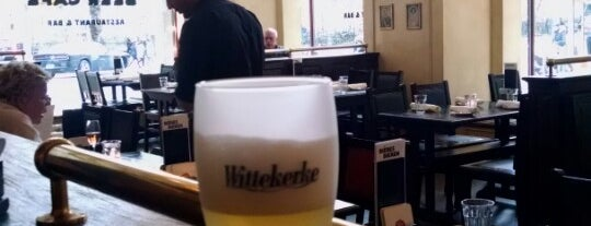 Belgian Beer Café is one of Lugares favoritos de Tim.