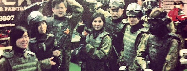 Richmond Indoor Paintball is one of Moeさんのお気に入りスポット.