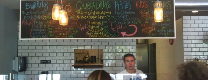 Poppo's Taqueria is one of Vegan Options in Sarasota, Bradenton SRQ.