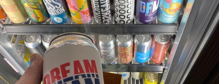 City Beer is one of Locais curtidos por Tânia.
