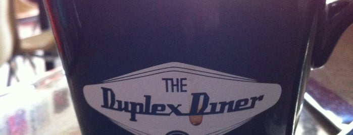Duplex Diner is one of Lieux sauvegardés par John.