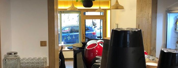 Rónin Coffee Spot is one of Prague.