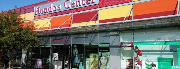 Hondos Center is one of Locais curtidos por Kyriaki.