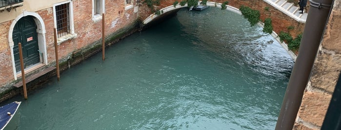 Combo is one of Venice.