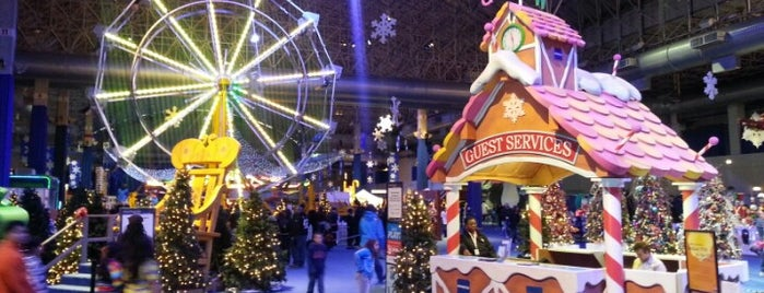 Bank Of America Winter WonderFest is one of Locais curtidos por Gregory.