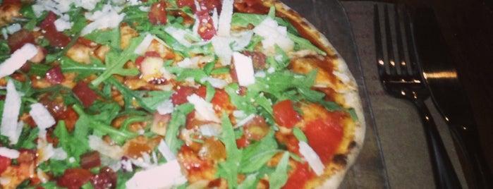 L'Osteria is one of Pizzerias Italiana comida.