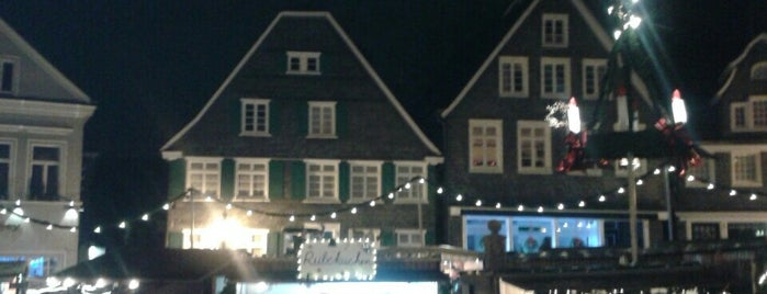 Gräfrather Markt is one of Sven : понравившиеся места.