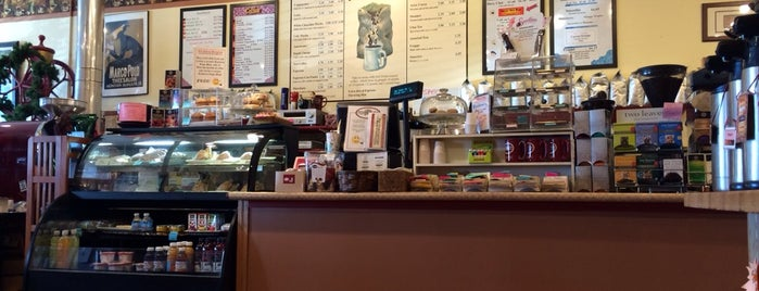 Roasters Coffee House is one of Cedar Rapids.