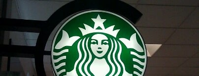 Starbucks is one of Locais curtidos por SooFab.