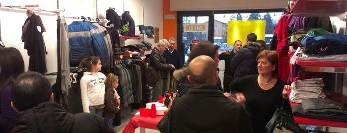 Fuori Milano Abbigliamento is one of Posti che sono piaciuti a Davide.