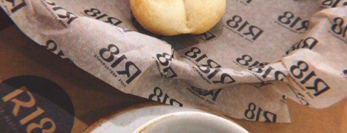 R18 Café Restaurante is one of Locais curtidos por Luis Arturo.