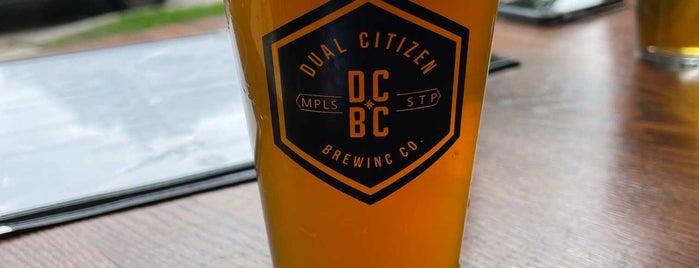 Dual Citizen Brewing Company is one of Orte, die Ben gefallen.