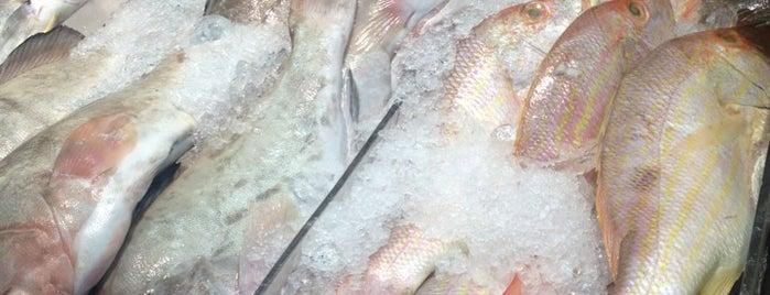 Corner Fish Market is one of Favorite Tips.