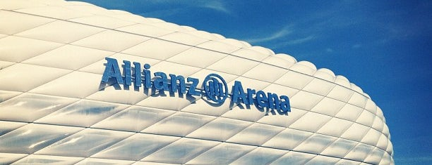 Allianz Arena is one of Locais curtidos por Oleksandr.
