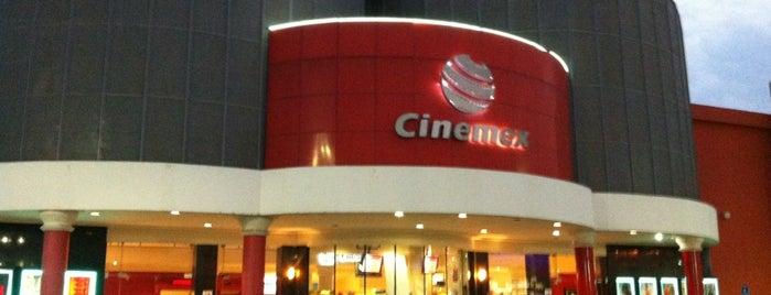 Cinemex is one of Tempat yang Disukai Andrea.