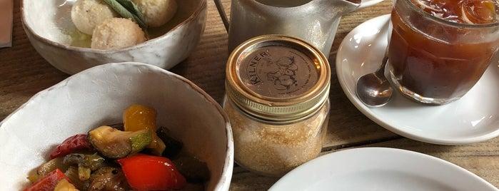 Campania Gastronomia is one of Locais curtidos por Emilie.