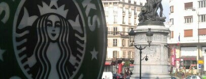 Starbucks Coffee is one of Working places Paris.