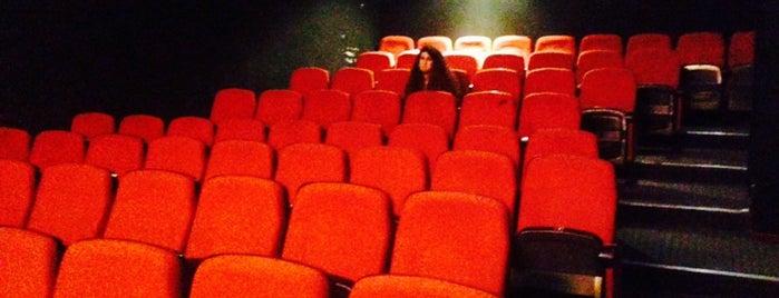 Cine Plus Sinemaları is one of Barış : понравившиеся места.