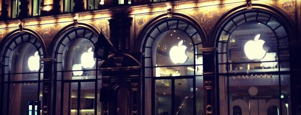 Apple Regent Street is one of London.