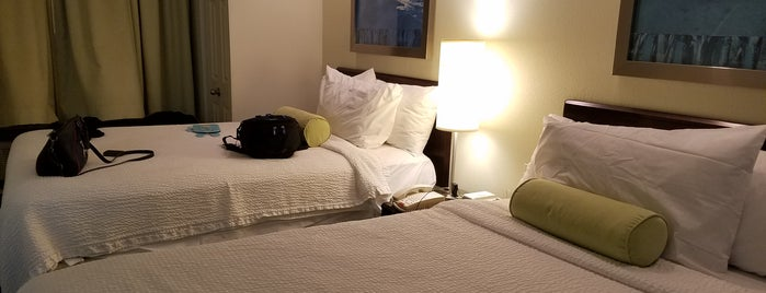 SpringHill Suites by Marriott Greensboro is one of Lugares favoritos de Waleed.