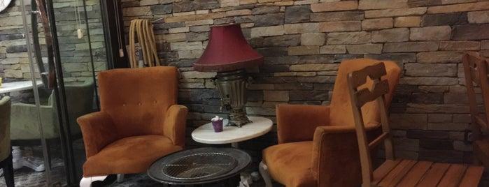 ArAlık Cafe is one of Lieux qui ont plu à Iclal.