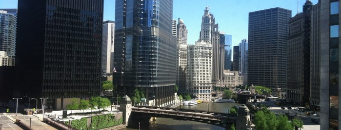Renaissance Chicago Downtown Hotel is one of Orte, die Andre gefallen.