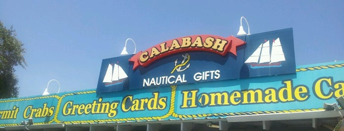 Callahan's Nautical Gifts of Calabash is one of Bob'un Beğendiği Mekanlar.