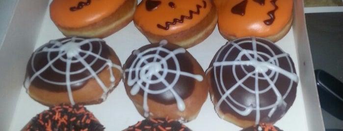 Krispy Kreme Doughnuts is one of Erryday.