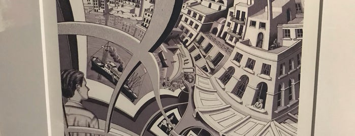 Escher : The Exhibition & Experience is one of Orte, die Alberto J S gefallen.