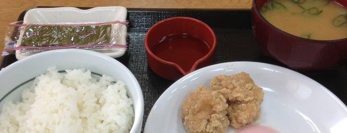 なか卯 垂水海岸通店 is one of Lieux qui ont plu à Shigeo.