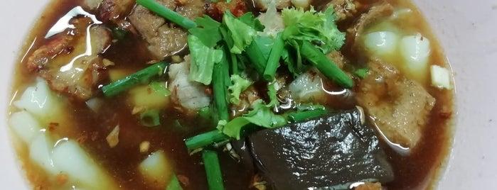 ยืนพื้น ก๋วยจั๊บน้ำข้น is one of BKK_Noodle House_1.